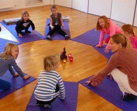 Børne Yoga – begynderhold